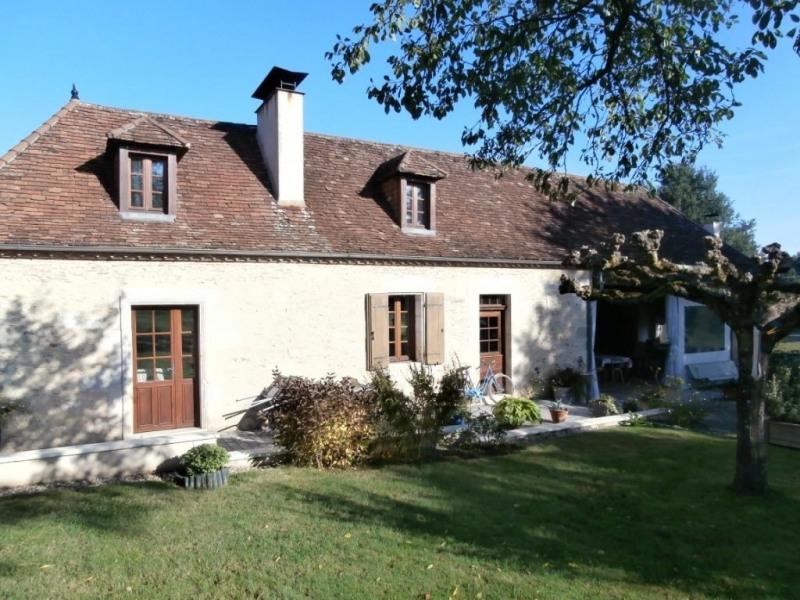 Sale house / villa Ginestet 217750€ - Picture 1