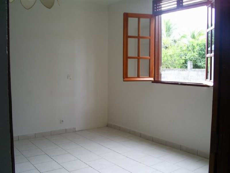 Rental apartment Ste rose 750€ CC - Picture 4