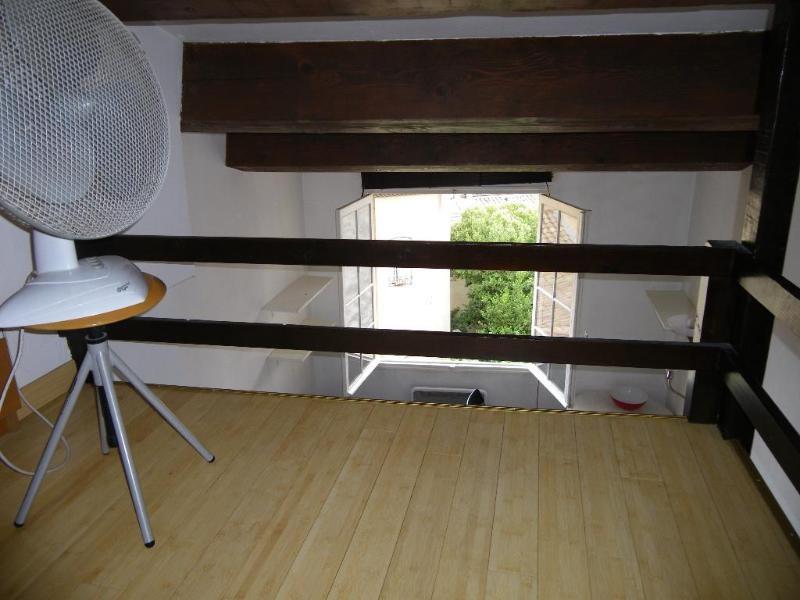 Verhuren  appartement Aix-en-provence 530€ CC - Foto 3