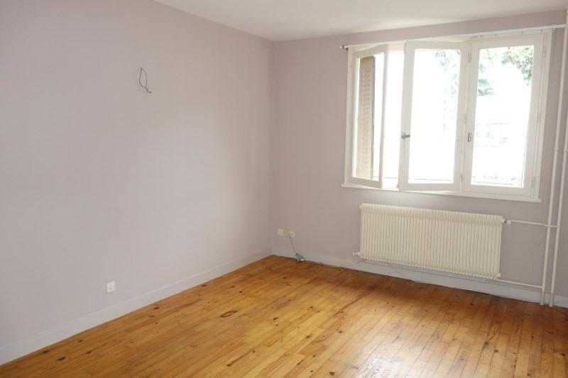 Rental apartment Le coteau 360€ CC - Picture 1