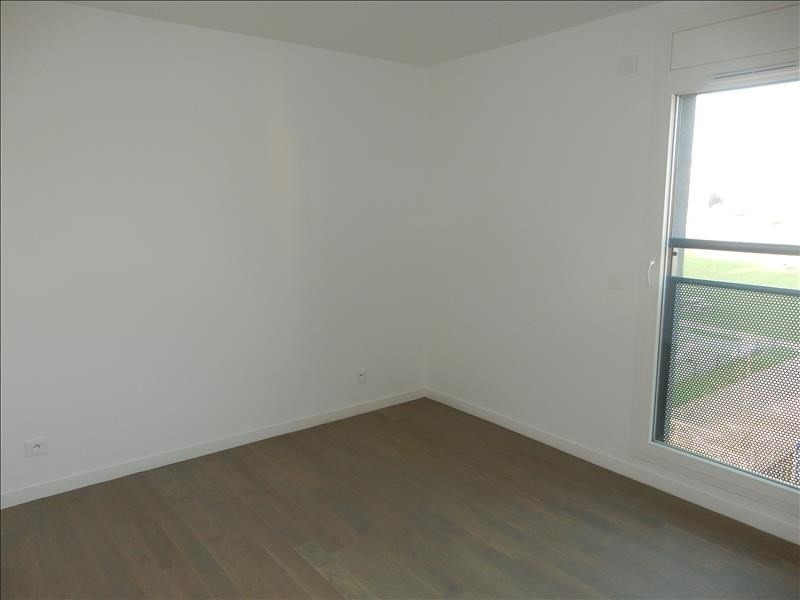 Rental apartment Garges les gonesse 1 136€ CC - Picture 2
