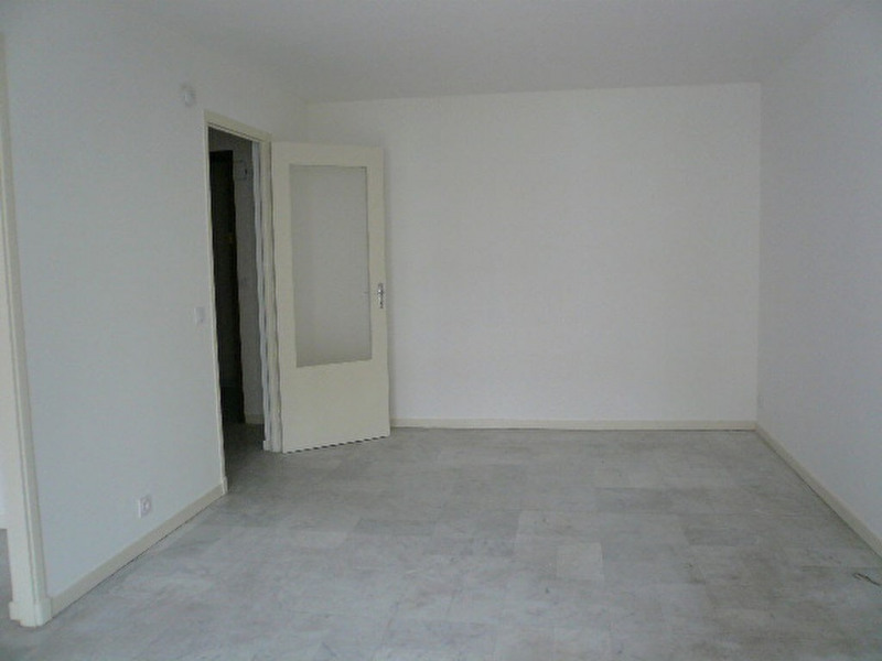 Location appartement Nice 710€ CC - Photo 2