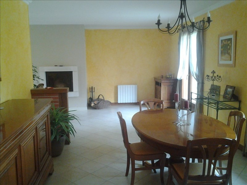 Sale house / villa Vineuil 242 000€ - Picture 4