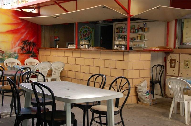 Commercial property sale shop St paul 100000€ - Picture 1