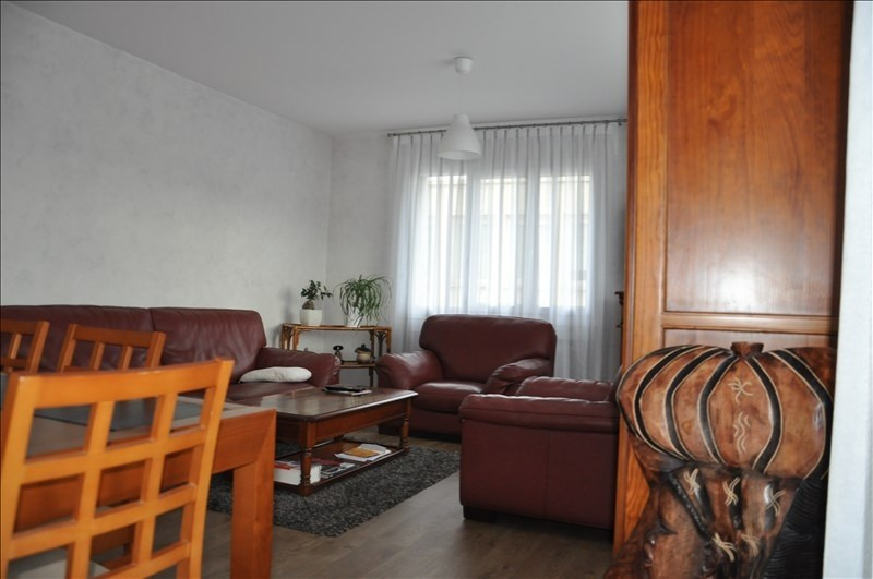 Sale apartment Oyonnax 142000€ - Picture 4
