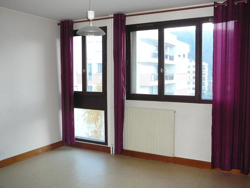 Location appartement Echirolles 386€ CC - Photo 2