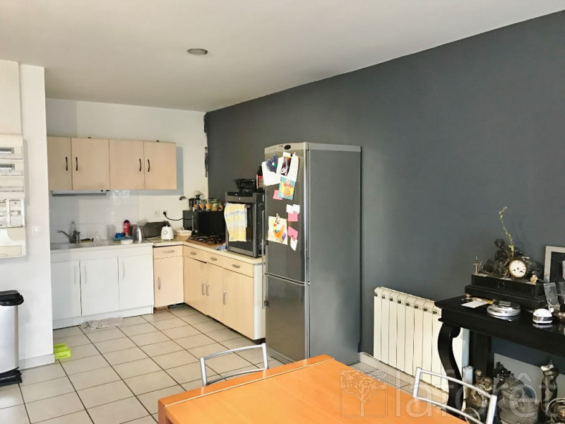 Investment property apartment Bourgoin jallieu 199 900€ - Picture 2