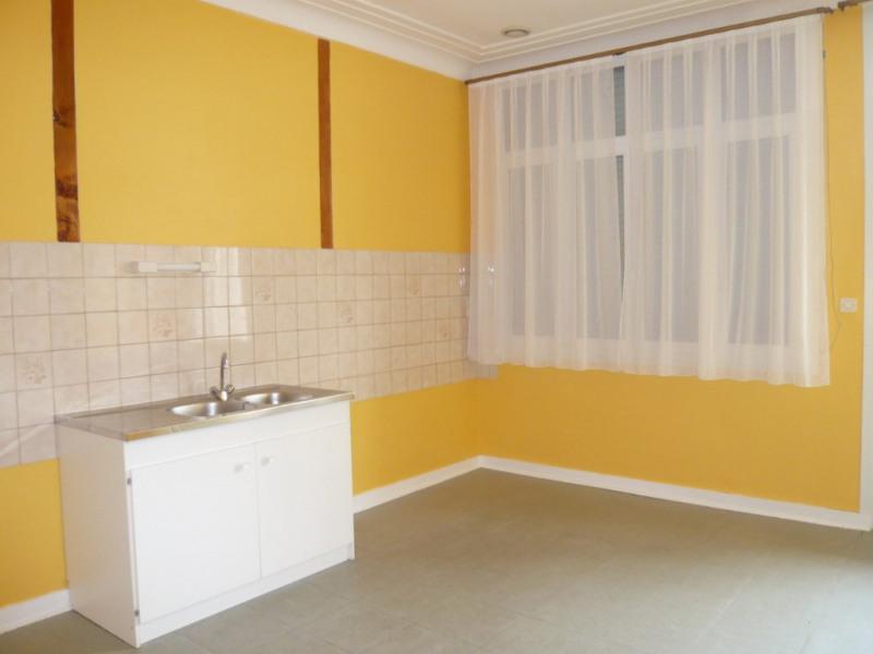 Rental apartment Meslay du maine 358€ CC - Picture 2