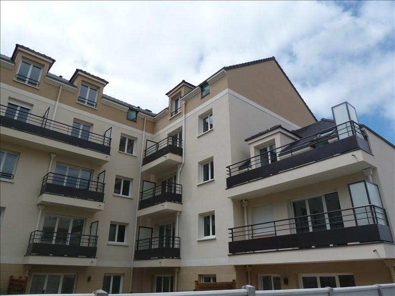 Location appartement Poissy 795€ CC - Photo 1