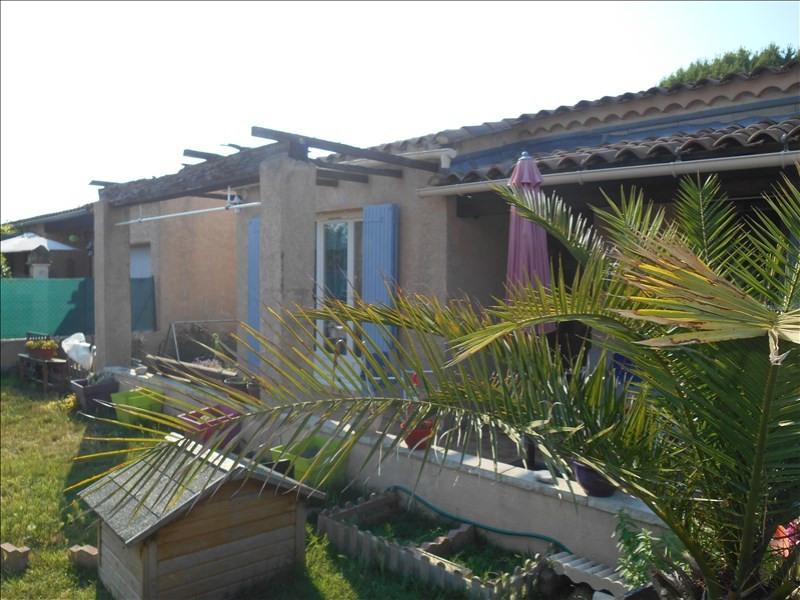 Location maison / villa Monteux 760€ CC - Photo 1