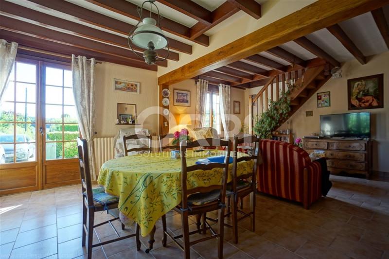 Sale house / villa Les andelys 168000€ - Picture 2
