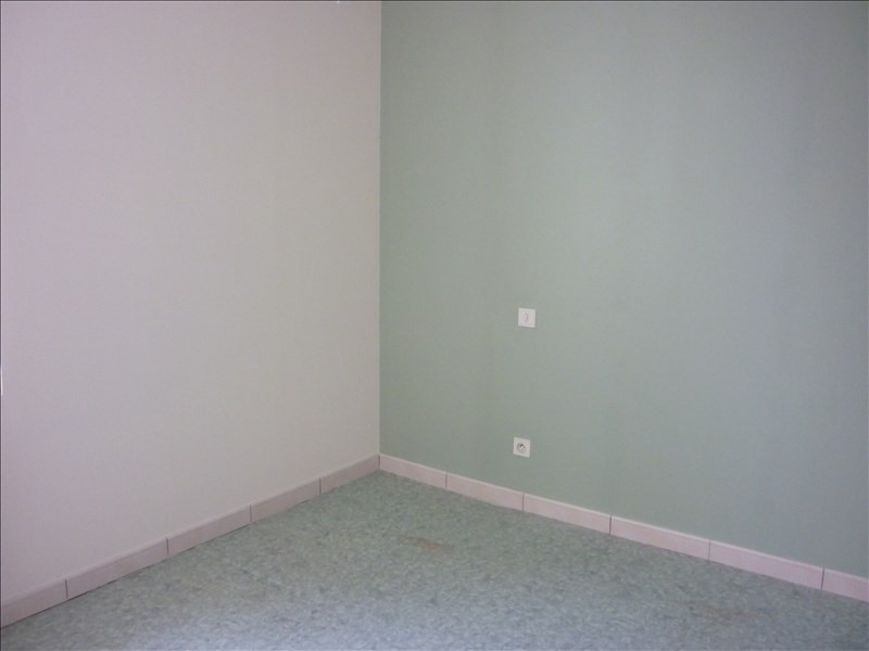 Location appartement Retiers 400€ CC - Photo 5