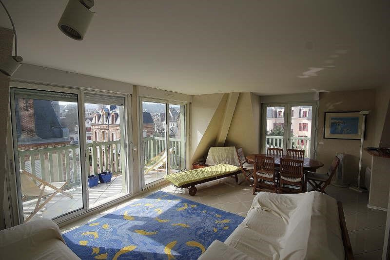 Deluxe sale apartment Villers sur mer 305 000€ - Picture 2