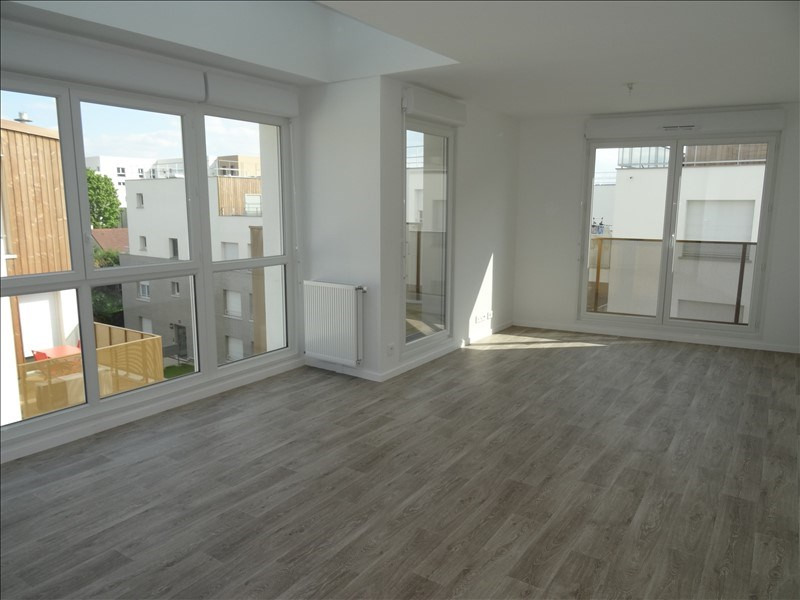 Sale apartment Eragny 273 000€ - Picture 1