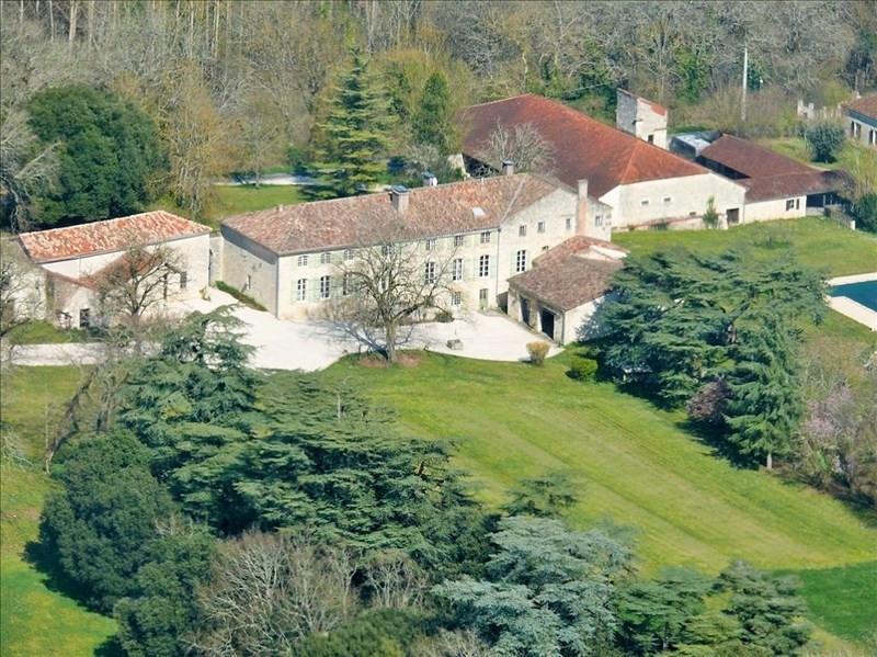 Deluxe sale house / villa Laroque timbaut 1352000€ - Picture 1