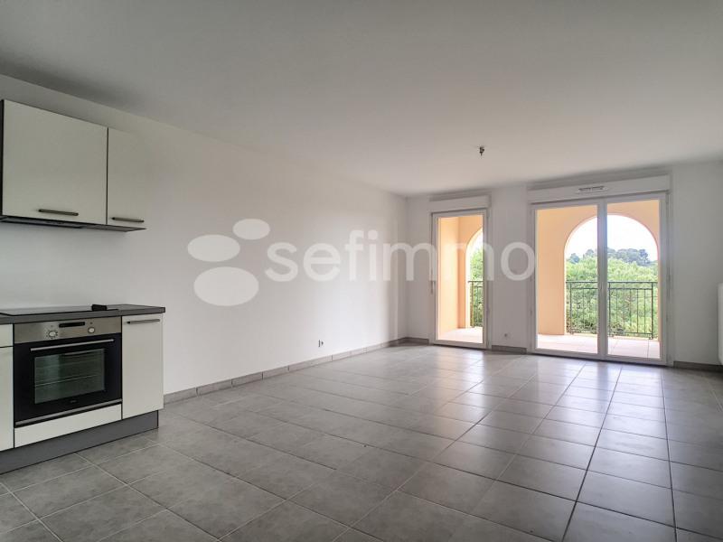 Rental apartment Allauch 740€ CC - Picture 2