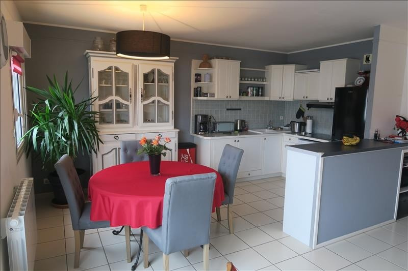 Sale apartment Royan 243 500€ - Picture 3