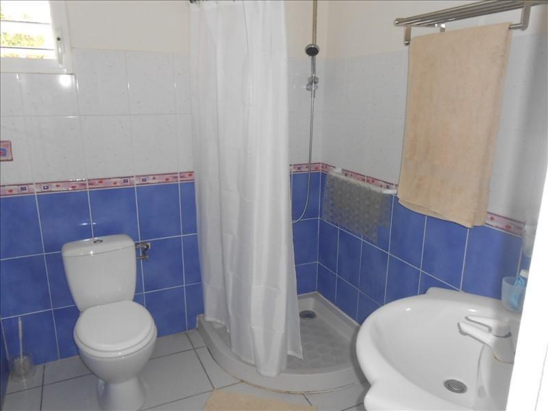 Sale house / villa St claude 365000€ - Picture 8