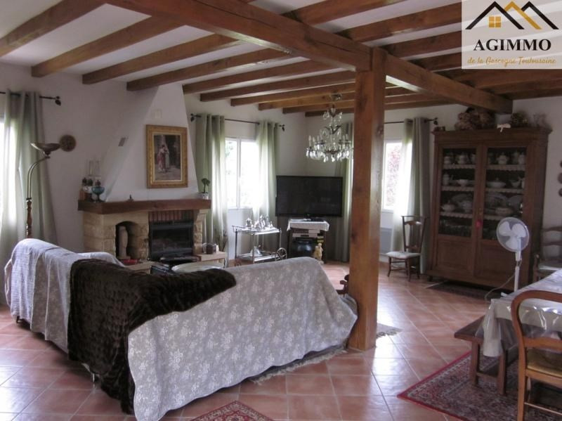 Sale house / villa L isle jourdain 410 000€ - Picture 2