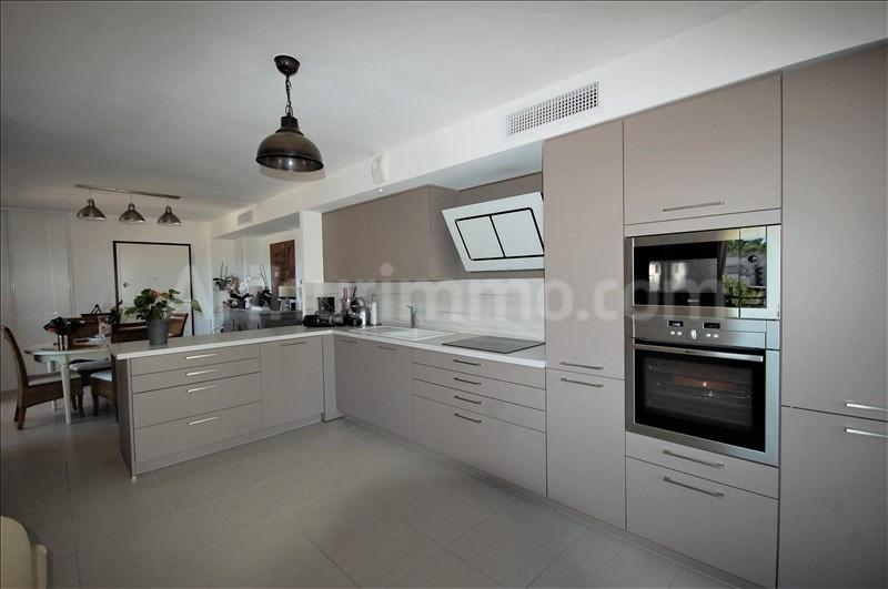 Deluxe sale apartment Frejus 560000€ - Picture 4