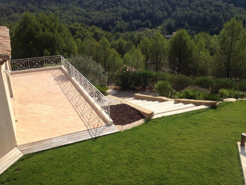 Location maison / villa Auriol 4000€ CC - Photo 4
