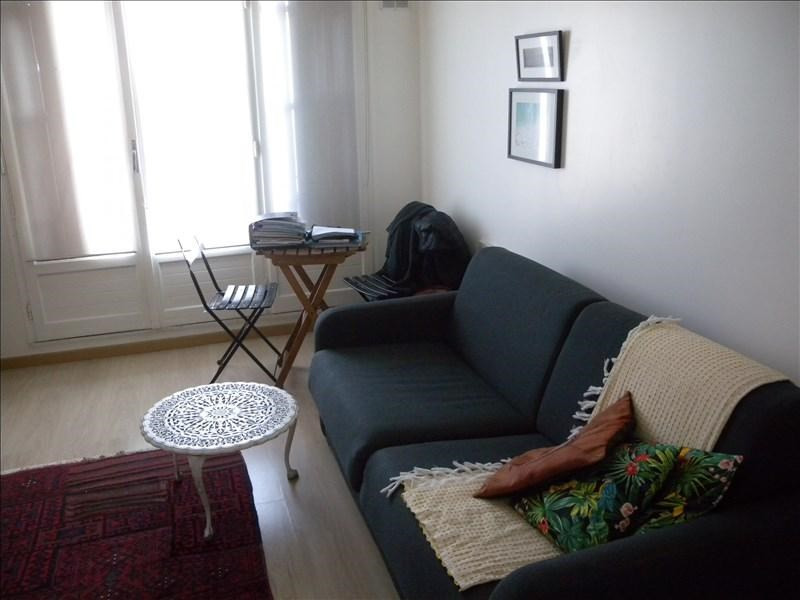 Location appartement Paris 20ème 760€ CC - Photo 2