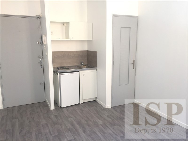 Location appartement Aix en provence 565€ CC - Photo 2