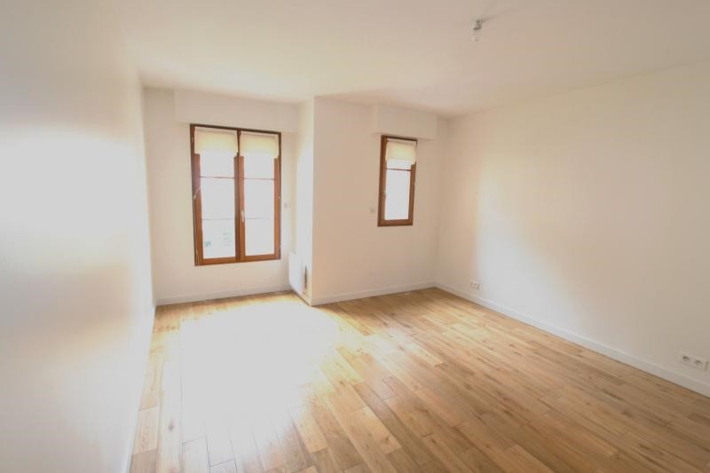Rental house / villa Paris 17ème 4 780€ CC - Picture 6