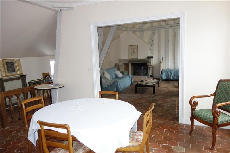 Rental apartment Versailles 2 210€ CC - Picture 2