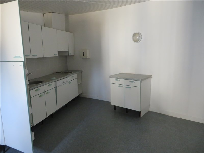 Location local commercial Montpon menesterol 112€ +CH/ HT - Photo 3