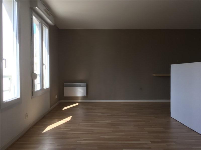 Rental apartment Villers cotterets 445€ CC - Picture 2