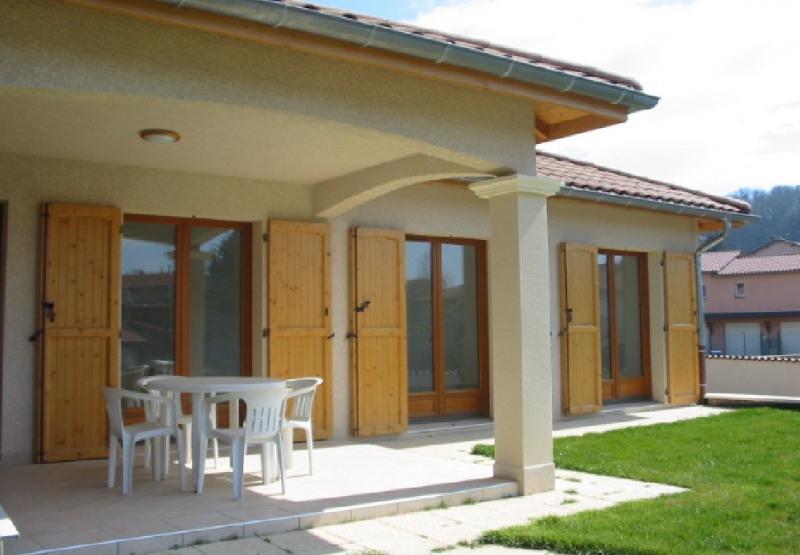 location maison villa 5 pi ce s chaponnay 156 m avec 3 chambres 1 600 euros regie. Black Bedroom Furniture Sets. Home Design Ideas