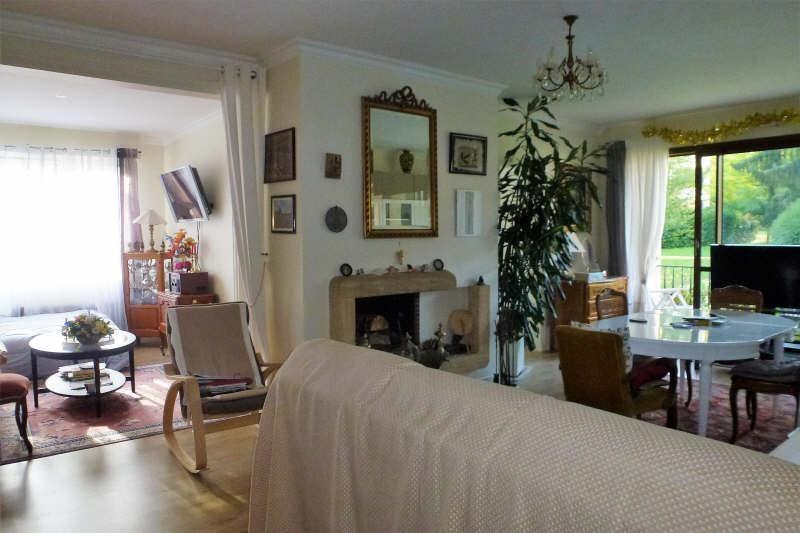 Sale apartment Noisy le roi 260000€ - Picture 1