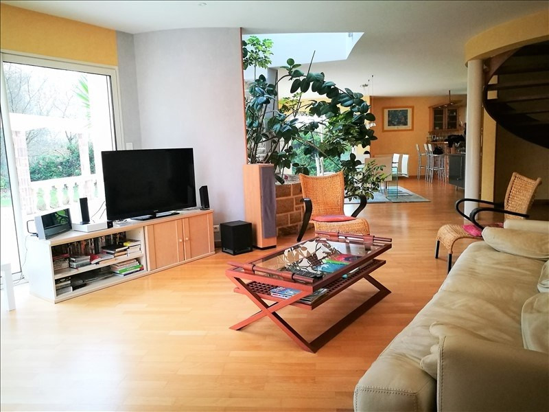 Sale house / villa Gouesnach 388 500€ - Picture 3
