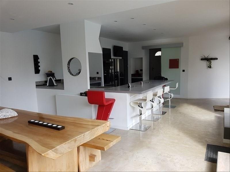 Revenda residencial de prestígio casa Courthezon 655000€ - Fotografia 2