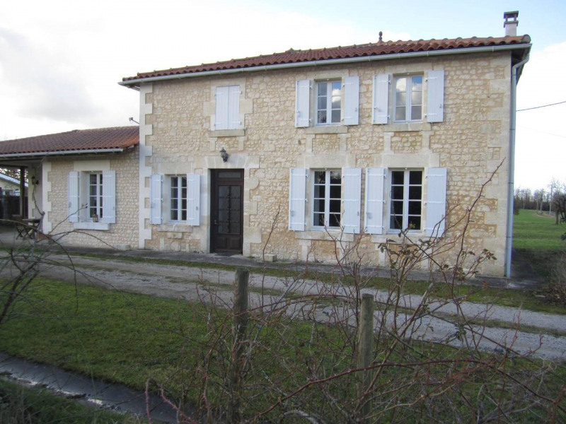 Sale house / villa Barbezieux-saint-hilaire 147 000€ - Picture 2