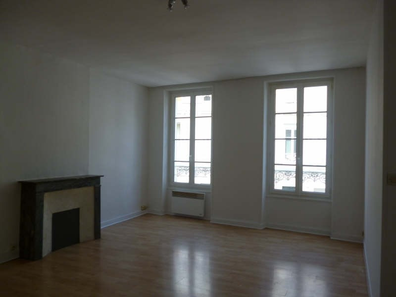 Location appartement Caen 547€ CC - Photo 3