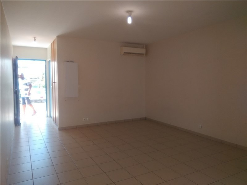 Rental apartment St francois 600€ CC - Picture 4