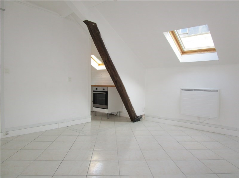 Sale apartment Versailles 194 000€ - Picture 1
