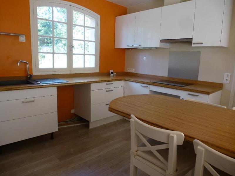 Location maison / villa Aix en provence 1889€ CC - Photo 4