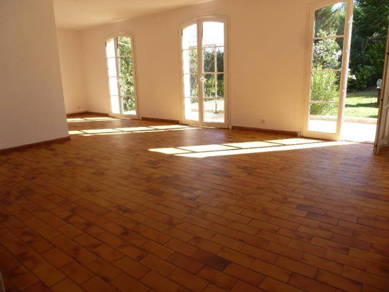 Location maison / villa Aix en provence 1889€ CC - Photo 2