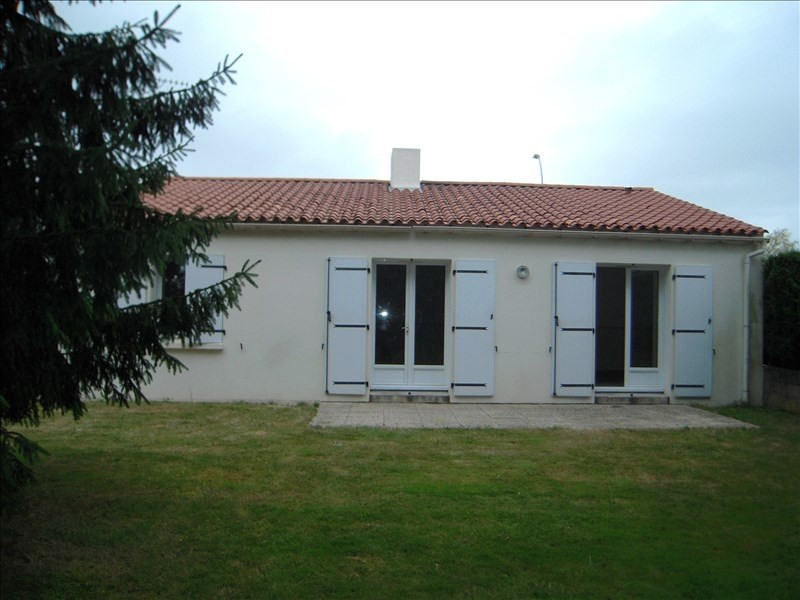 Rental house / villa Venansault 590€ CC - Picture 1