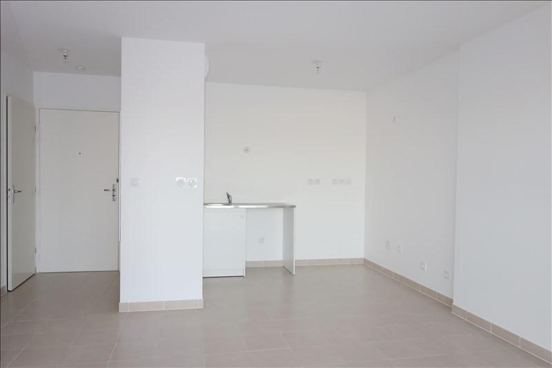 Verhuren  appartement Seyne sur mer 595€ CC - Foto 2