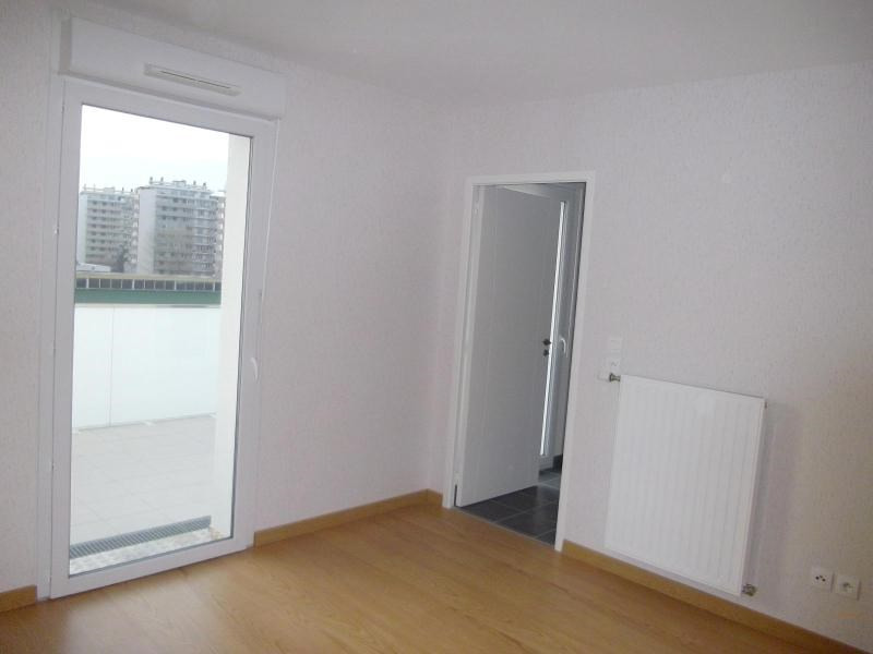 Location appartement Grenoble 617€ CC - Photo 3