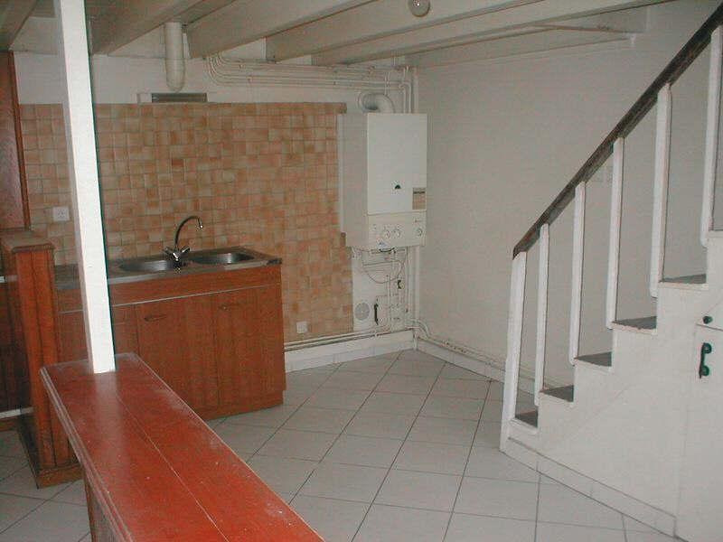 Location maison / villa Ruelle sur touvre 468€ CC - Photo 7