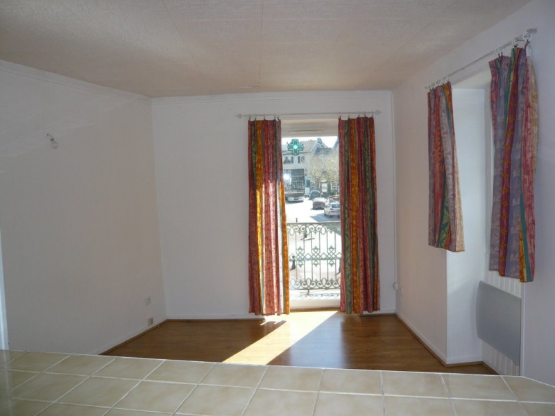 Investment property building Montalieu vercieu 94900€ - Picture 2