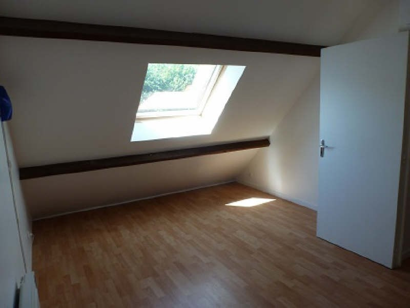 Rental apartment Le tremblay sur mauldre 640€ CC - Picture 2
