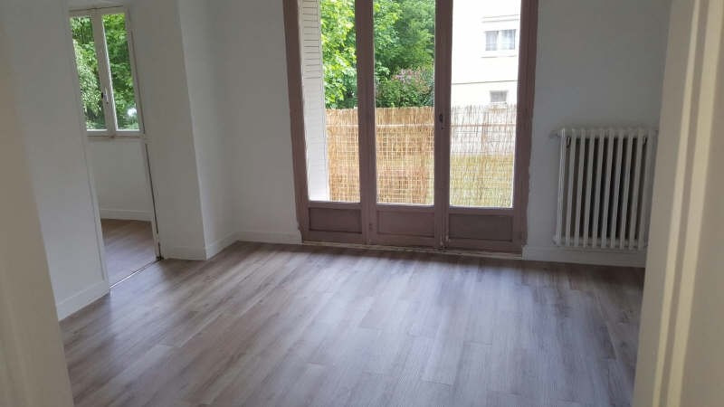 Rental apartment Conflans ste honorine 750€ CC - Picture 2