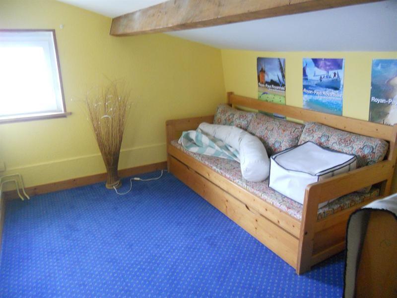 Vacation rental house / villa Vaux-sur-mer 1234€ - Picture 9