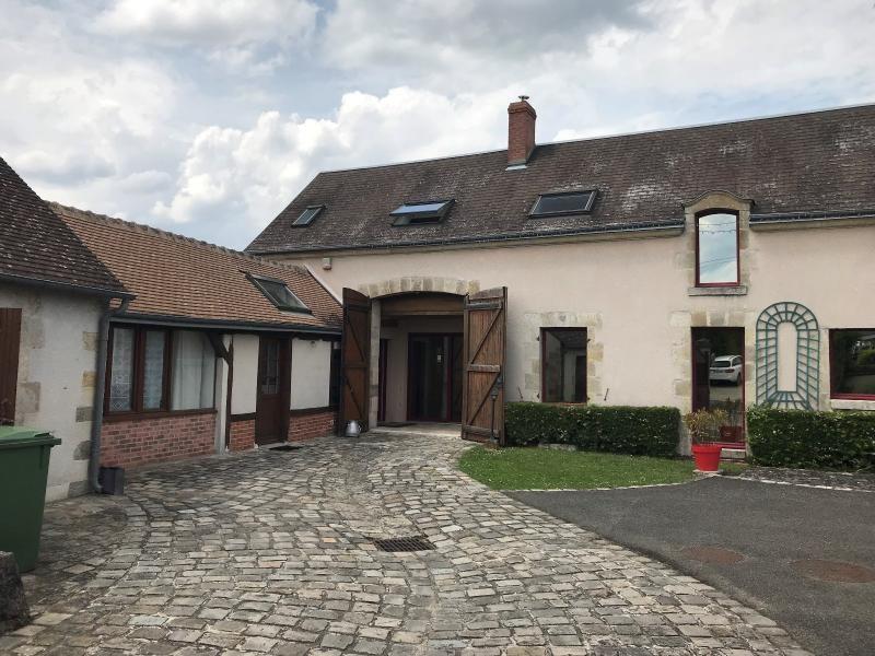 Vente maison / villa Checy 399000€ - Photo 1